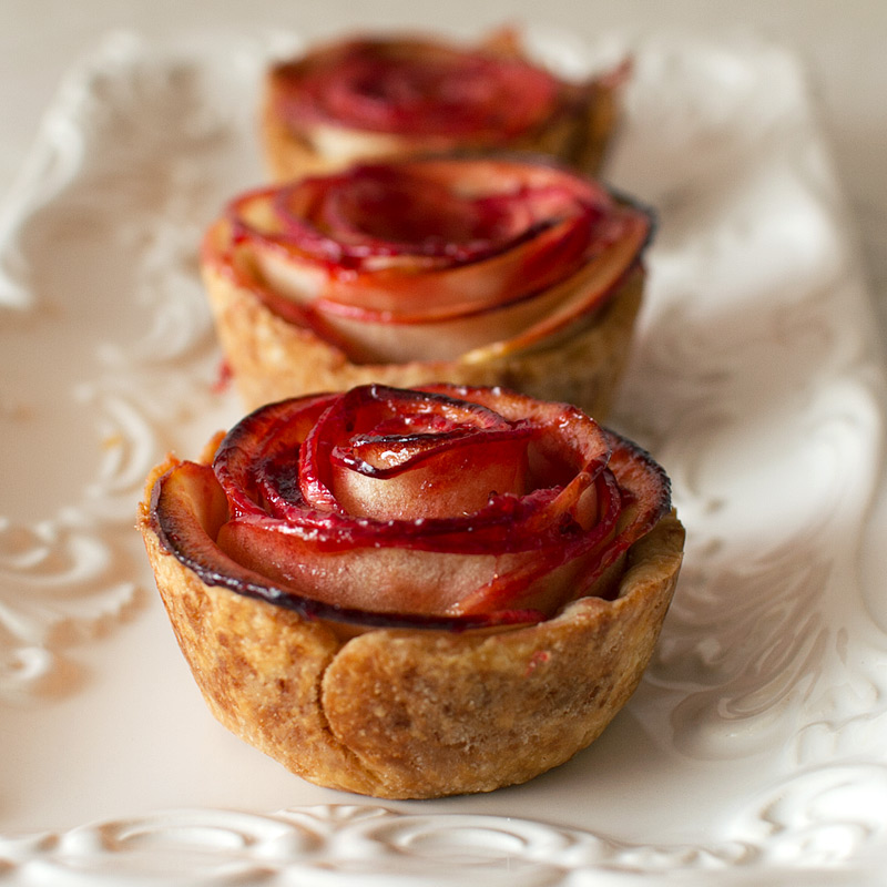 Mini Apple Rose Pies Fmitk From My Impossibly Tiny Kitchen